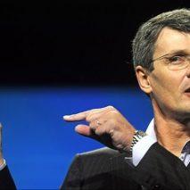 Dalla comparsa della gamma Galaxy e dell'iPhone i dispositivi della canadese BlackBerry sono in netto calo, e cosi l'azienda ha deciso di mettersi in vendita, tutto sta a vedere chi lacomprerà.