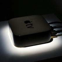 Durante ilkeynoteorganizzato daApplealBill GrahamCivic Auditoriumdi San Francisco l'azienda di Cupertino hapresentato la nuova Apple TV. Questa nuova generazione del media center della mela morsicata racchiude al suo internomoltissimenovità siahardware chesoftware, scopriamo insiemetutti i dettaglidi questa nuova Apple TV!