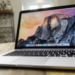 Nuovi MacBook Pro in arrivo: più sottili, più leggeri, con Touch ID e barra OLED?