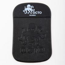 In questo video andremo a fare l'unboxing e la recensione del nuovo tappetino antiscivolo Octo di Out of Style grazie al quale potremo riporre il nostro smartphone, iPod o GPS sul cruscotto dell'auto senza il timore che cada. Questo accessorio […]