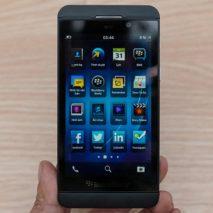 Vi proponiamo oggi una nuova e interessante video-recensione comparsa da pochi giorni su YouTube nella quale vengono messe a confronto le caratteristiche del nuovo BlackBerry Z10 e del Nokia Lumia 920. Nel video vengono confrontatidesign, dimensioni, batteria, fotocamera, e display. […]
