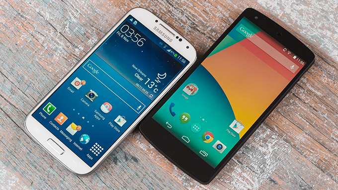 Nexus 5 vs Galaxy S4