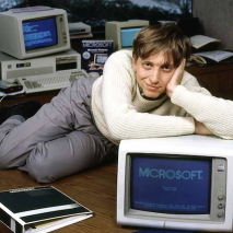 Oggi, 10 Novembre 2013 Microsoft Windows, il sistema operativo per computer più famoso e diffuso al mondo compie la bellezza di 30 anni. Esattamente il 10 Novembre del 1983 Bill Gates presentava per la prima volta al mondo intero quello […]