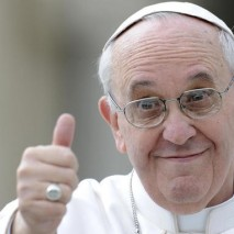 """Papa Francesco non smette mai di stupire e dietro ogni sua dichiarazione si nasconde un rinnovamento della Chiesa. Pochi giorni fa,durante laGiornata delle comunicazioni,il pontefice ha definito internet """"un dono di Dio"""", una dichiarazione di questo tipo non era mai […]"""