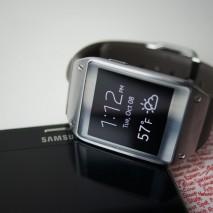 Durante ilMobile World Congress 2014 Samsung ha presentato la sua nuova linea di smartwatch formata da due nuovi modelli:Gear 2 e Gear 2 Neo. Questi duenuovi smartwatch sono dotati di un display touch-screenda 1,63 pollici, 4GB di memoria interna, 512MB […]