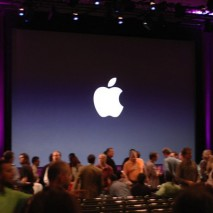 """Apple ha da poche ore spedito i biglietti di invito alla stampa internazionale per il Keynote che si terrà martedì 9 settembre dalle ore 19:00 italiane presso il """"Flint Center for the Performing Arts"""" di Cupertino. In questo evento verranno […]"""