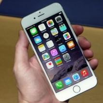 Nei giorni scorsi erano già circolate voci in questa direzione ma oggi è arrivata l'ufficialità da parte di Apple, i nuovi iPhone 6 e iPhone 6 Plus sono i melafoninipiù preordinati di sempre battendo anche il record dello scorso anno […]