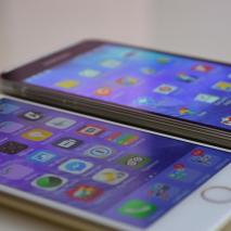 I ragazzi di HDbloghanno realizzato un interessante video che mette a confronto il nuovo iPhone 6 con il suo rivale numero uno: il Galaxy S5 di Samsung. In questo lungo video si può chiaramente vedere come si comportano questi due […]
