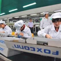 Foxconn, una delle maggiori aziende cinesi che producono i dispositivi Apple, ha deciso di avviare un nuovo piano di espansione nel quale investirà 2.6 miliardi di dollari. Nei prossimi mesi la Foxconn ha intenzione di realizzare un nuovo impianto totalmente […]