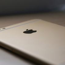 Apple ha presentato ormai due mesi fa i suoi nuovi smartphone, iPhone 6 e iPhone 6 Plus, come ogni anno le vendite sono andate a gonfie vele e anche questa volta sono riuscite a superare i precedenti record. Come da […]