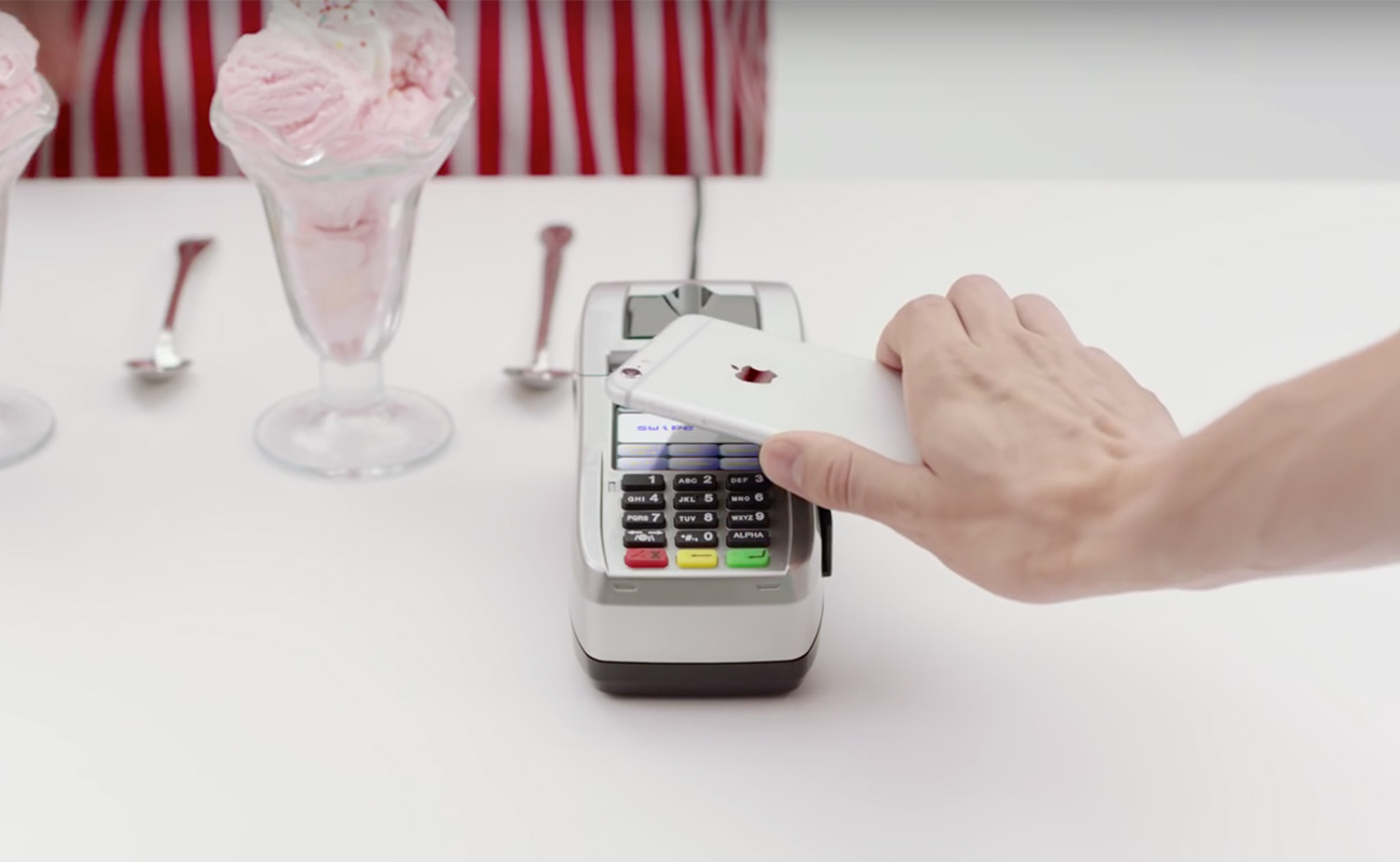 Samsung Pay: nuovo spot contro il concorrente Apple Pay [VIDEO]
