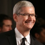 Tim Cook in Italia: il CEO di Apple incontra Matteo Renzi e Papa Francesco [VIDEO]